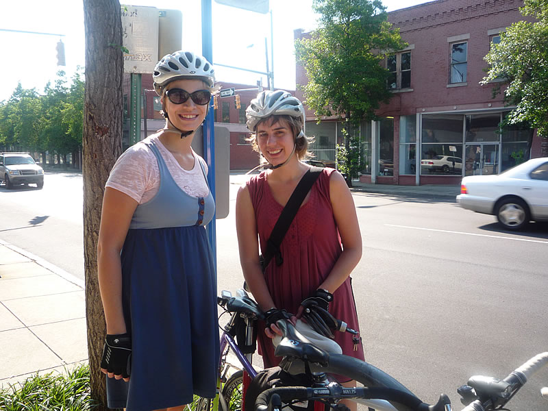 Elisa and Anna from Bikeskirt, and Bici Coop in Birmingham, Alabama, outside of Urban Standard coffee.